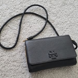 Authentic Tory Burch messenger